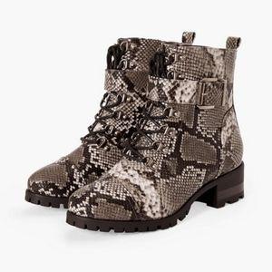 🖤JustFab Paige Combat Boots sz 7